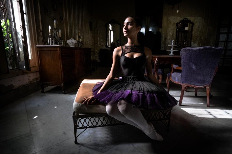 Ballerina in Cuba